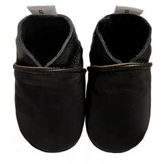 Babyslofjes effen zwart met luxe zwart suede zolen voorkant